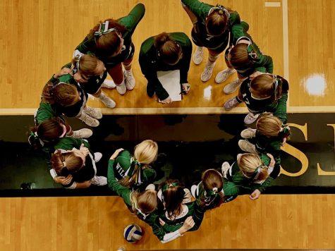 Middle School Green Volleyball Team Enjoys Strong Start